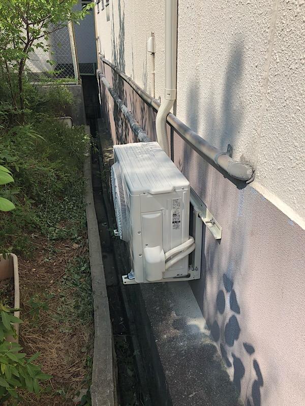 橿原市のお得意様のところへ今年2台目のエアコン取り付け工事