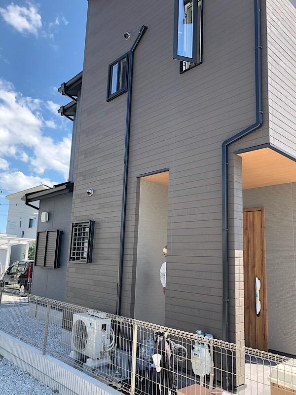 大和高田市で新築4台エアコン取り付け工事