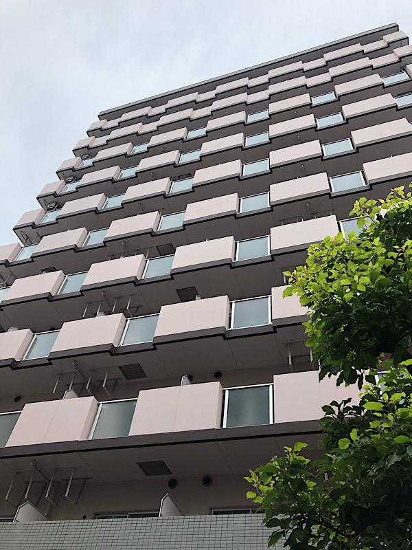 大阪で、エアコン60台取り外し工事